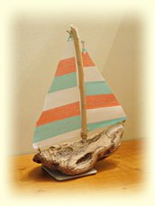 LE BATEAU con legni di mare