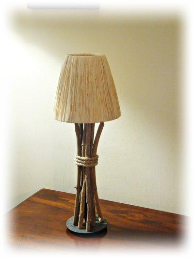 SILHOUETTE lampada con legni di mare - Per la casa e per te - Arred...  su MissHobby
