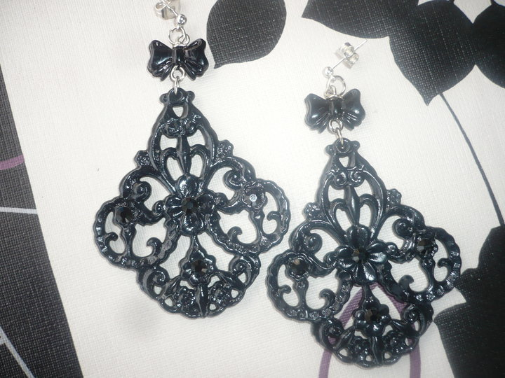 orecchini in lucite nera vintage