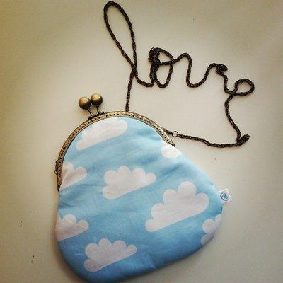 borsetta con nuvolette