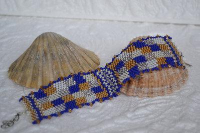 Bracciale a fascia con perline di vetro