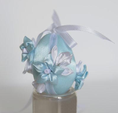 Uovo di Pasqua kanzashi azzurro piccolo