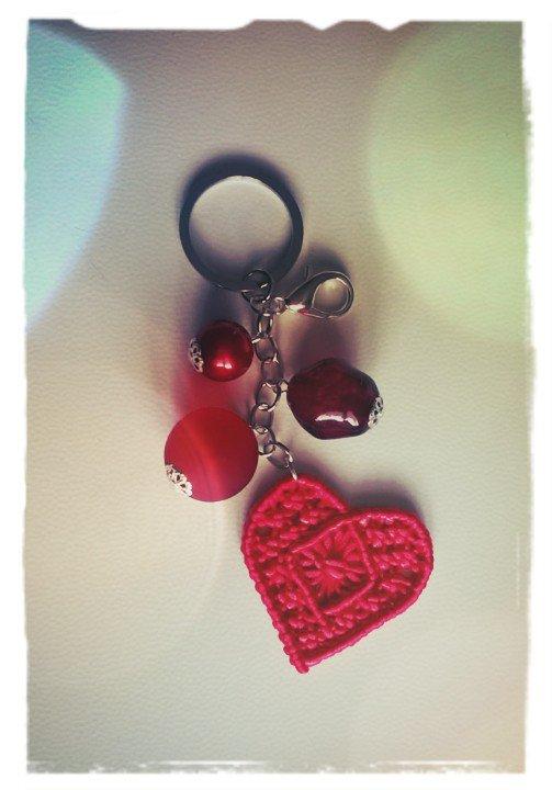 Portachiavi cuore in macramè