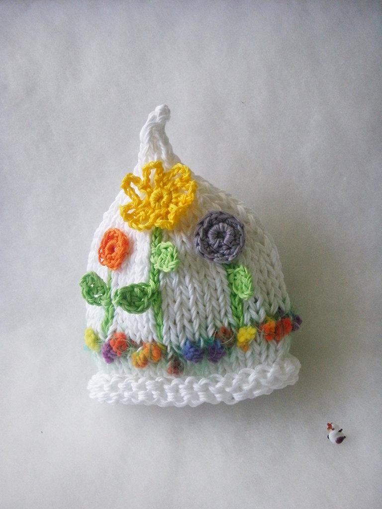 Cappellino con fiori neonata / Cappellino cotone bambina / Accessori neonata / Cappellino Fatto a mano / Photo prop / E' arrivata Primavera