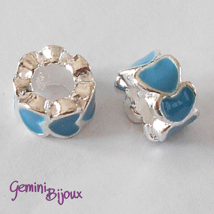 Perla a foro largo in alluminio con cuori smaltati, 10x6, silver-azzurro