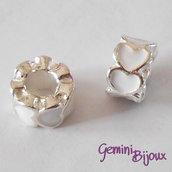 Perla a foro largo in alluminio con cuori smaltati, 10x6, silver-bianco