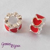 Perla a foro largo in alluminio con cuori smaltati, 10x6, silver-rosso