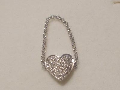 Anello cuore pavè in argento 925 e Cubic Zirconia bianchi.
