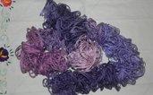 Sciarpa donna primaverile handmade con volants toni del viola-lilla-ciclamino