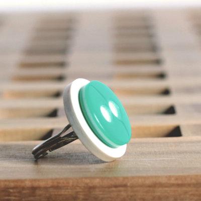 A1.15 - anello con bottoni vintage bianco e verde - Linea Flower Power