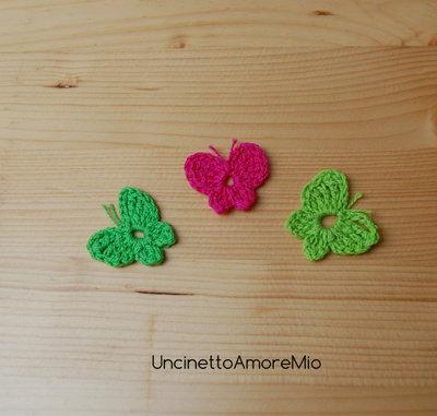 3 farfalle ad uncinetto in verde chiaro, verde scuro e fucsia - decorazione primavera - per feste e compleanni, applicazioni su accessori e abiti