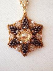 Collana a stella di perline e swarovski marrone