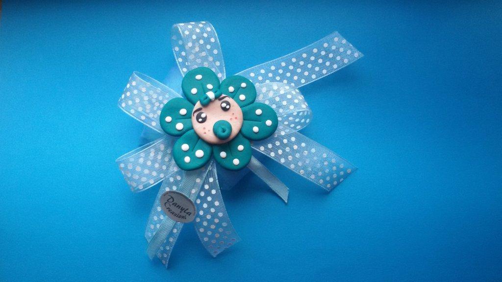 Bomboniera  magnete baby fiore a pois  con ciuccio