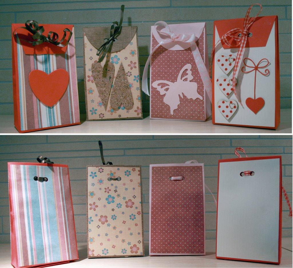 Bustine di carta decorate