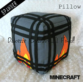 Black Friday Monster Spawner  - scheletri - creeper - Idea regalo Gamer Geek - game. - HANDMADE -