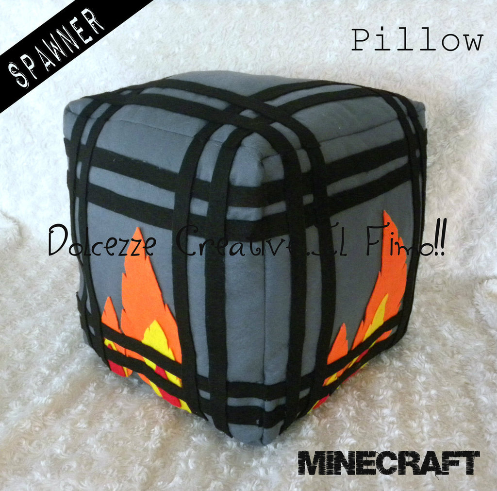 Black Friday Monster Spawner  - scheletri - creeper - Idea regalo Gamer Geek - game. - HANDMADE -