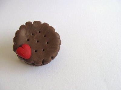 Spilla biscotto