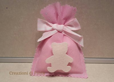 Sacchetto bomboniera rosa con orsetto panna