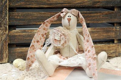 Coniglietto pasquale in stile Tilda