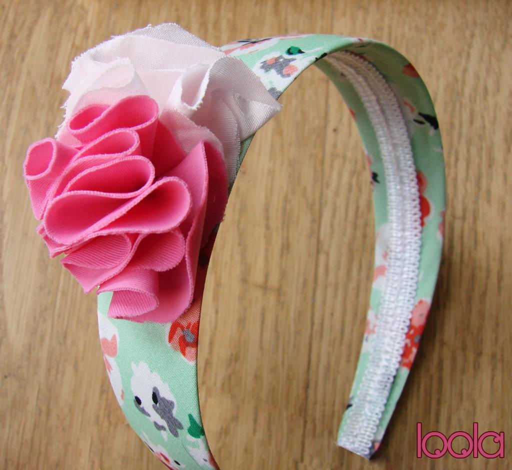 Cerchietto con fiori in stoffa