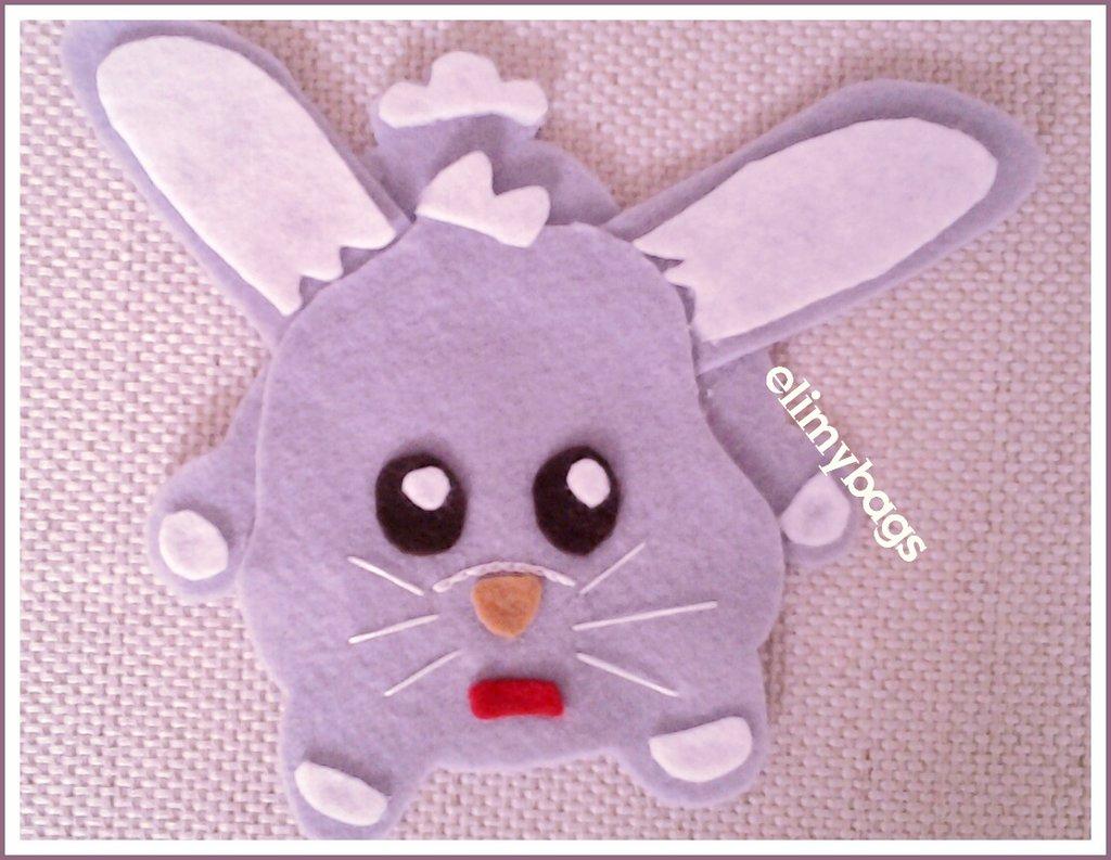 Coniglietto grigio e bianco in pannolenci handmade☆