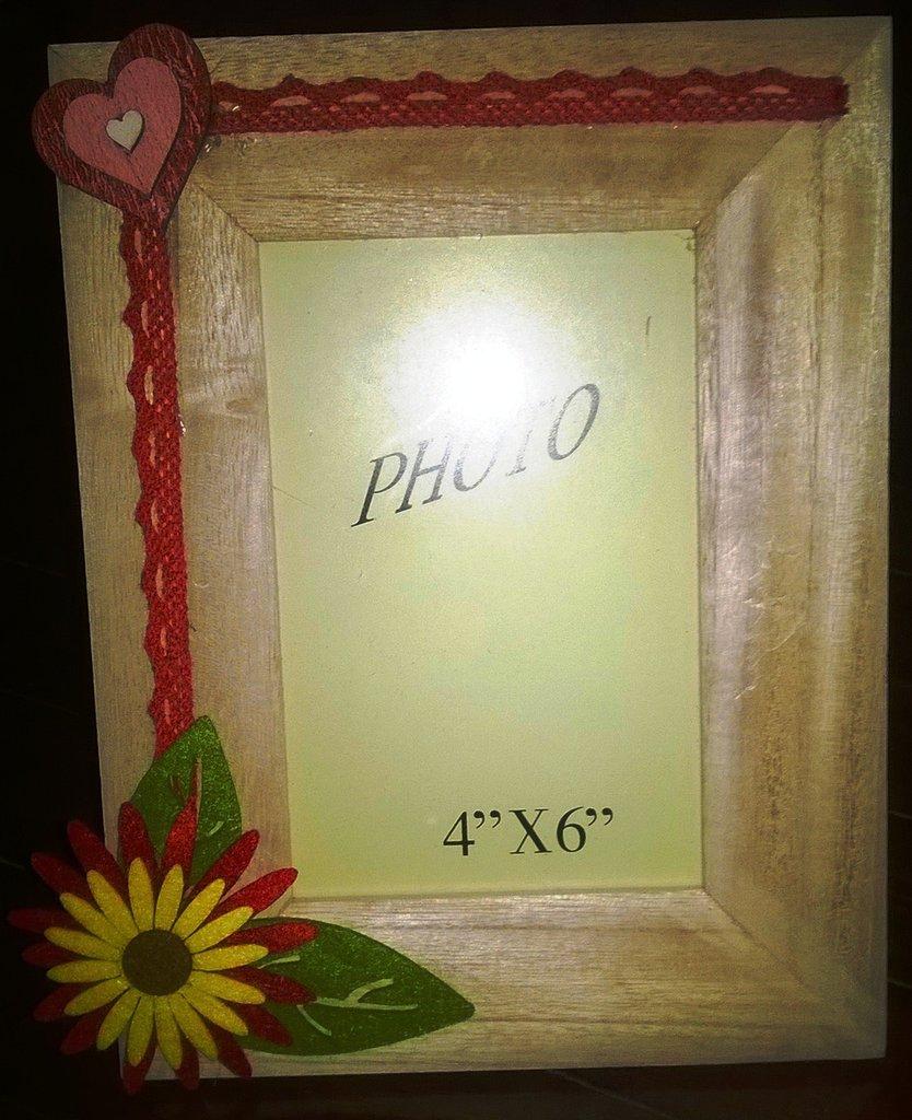 Cornice foto legno cuore per la casa e per te decorare for Cornice foto legno