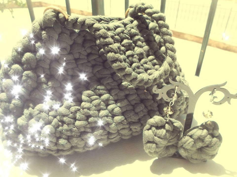 Completo borsa e orecchini