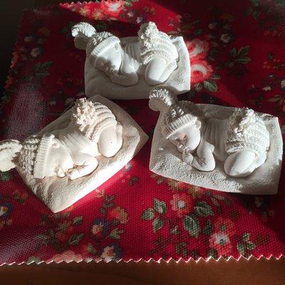 Bimbi in polvere ceramica  profumati