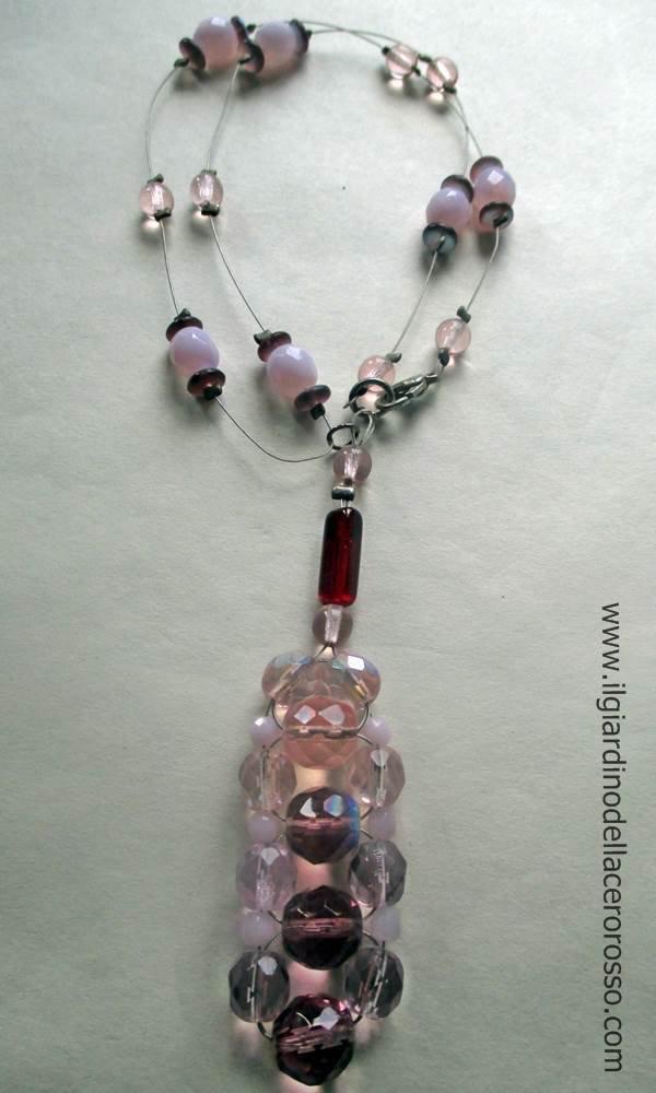 collana filo acciaio e mezzi cristalli, tonalità rosa, il giardino dell'acero rosso