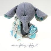 Elefantino  (in tonalità blu-griggio-azzurro)