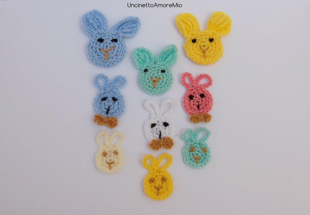 Nove (9) faccine coniglietti ad uncinetto in tre dimensioni - decorazioni primavera, Pasqua , per feste e compleanni  bambini