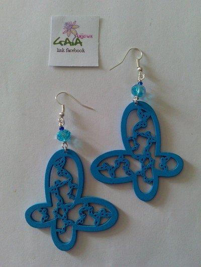 Orecchini azzurri farfalla in legno