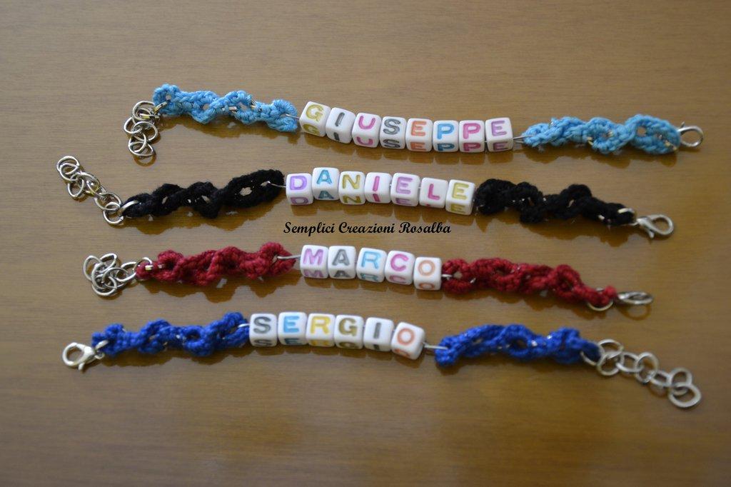 bracciale all'uncinetto CON NOME personalizzato-fatto a mano-lettere colorate