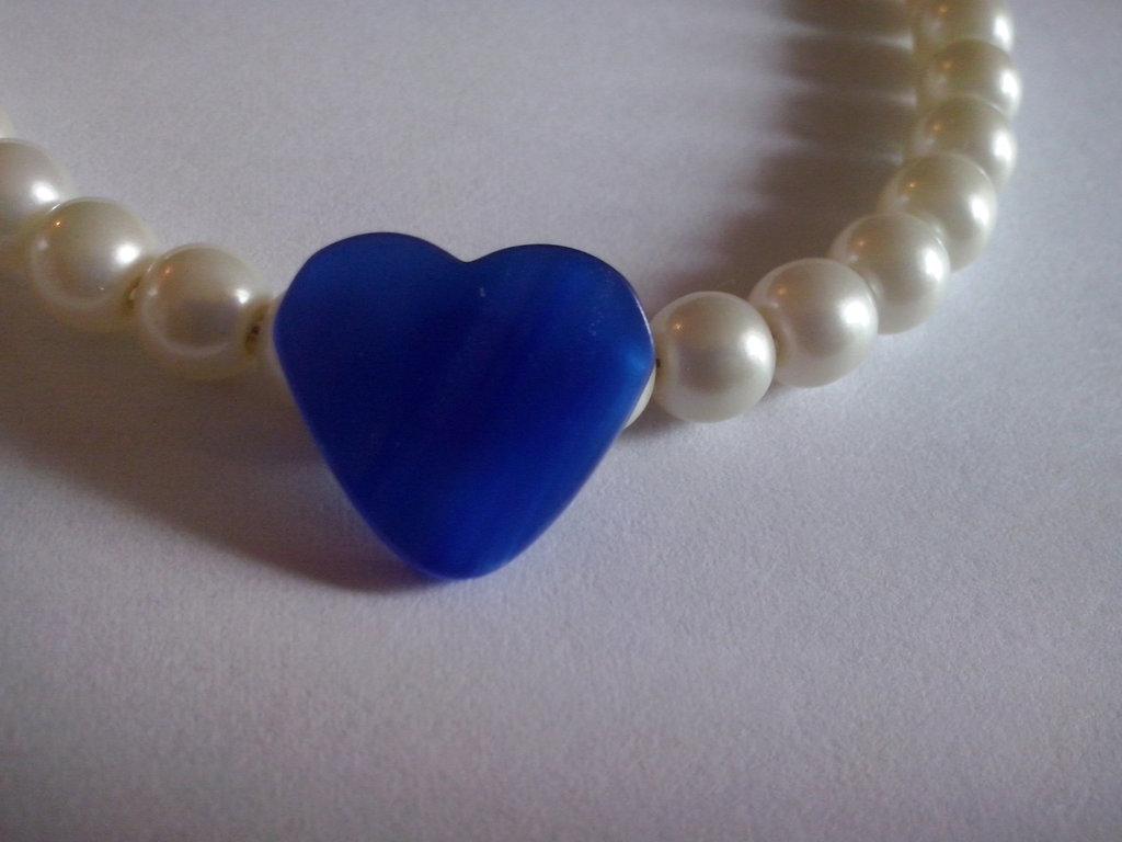Braccialetto con cuore blu