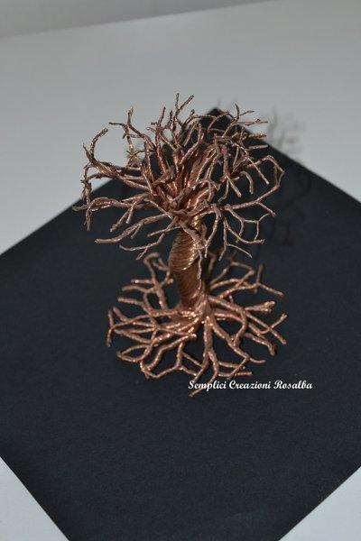 Piccolo complemento d'arredo - albero in rame - fili di rame. FATTO A MANO pezzo unico