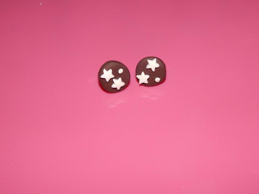 Orecchini con pan di stelle