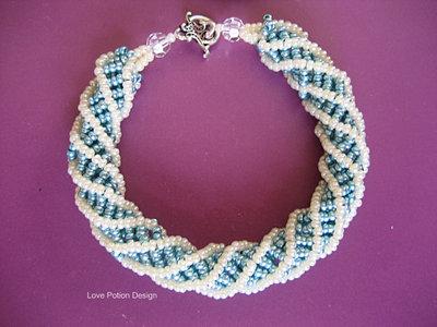Bracciale a Torciglione in Perline Tessute. African Stitch Bracelet. Spedizione Gratuita.