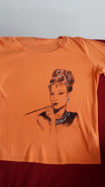 t shirt cotone, dipinta a mano, arancione, AudreyHepburn