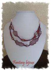 Collana in rete metallica bordeaux con perle