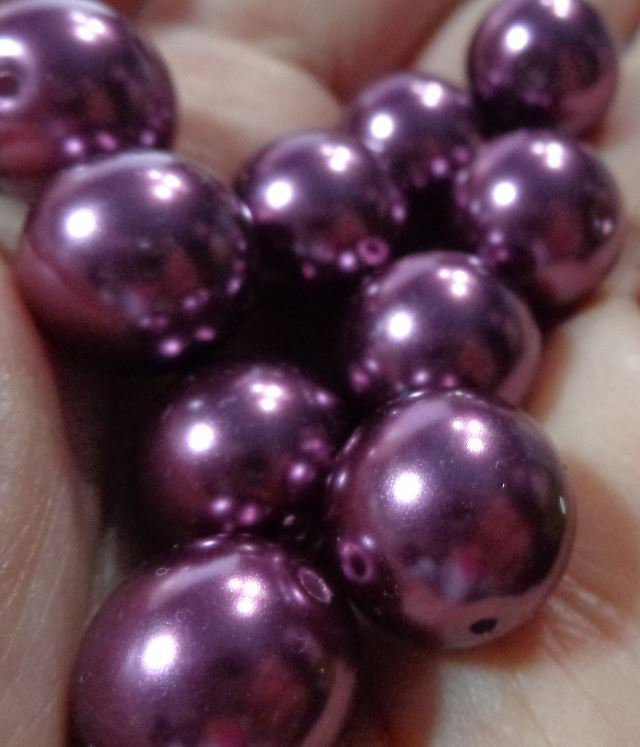 10 Perle in color MELANZANA