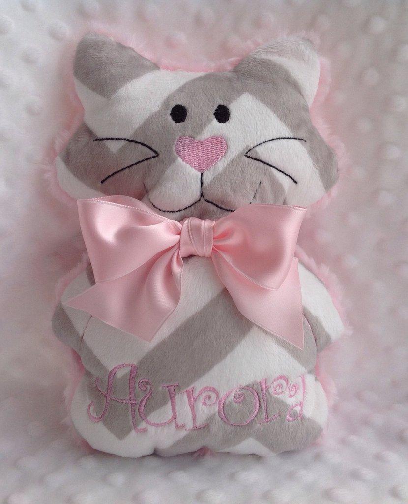 Gattino personalizzato con nome -  Peluche pupazzo gatto rosa e grigio.
