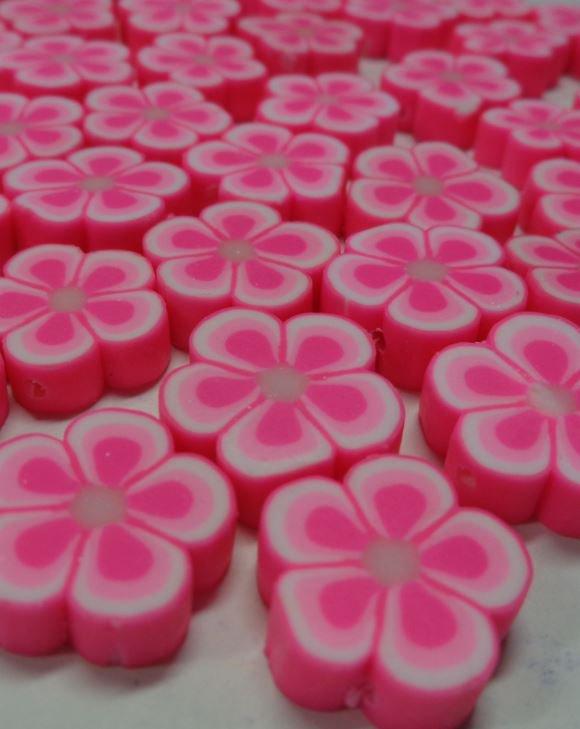 27 Perline  FIORE Pasta Polimerica color Rosa Fluo