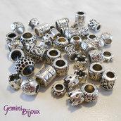 Lotto 10 perle tibetane in alluminio argentate a foro largo Mix