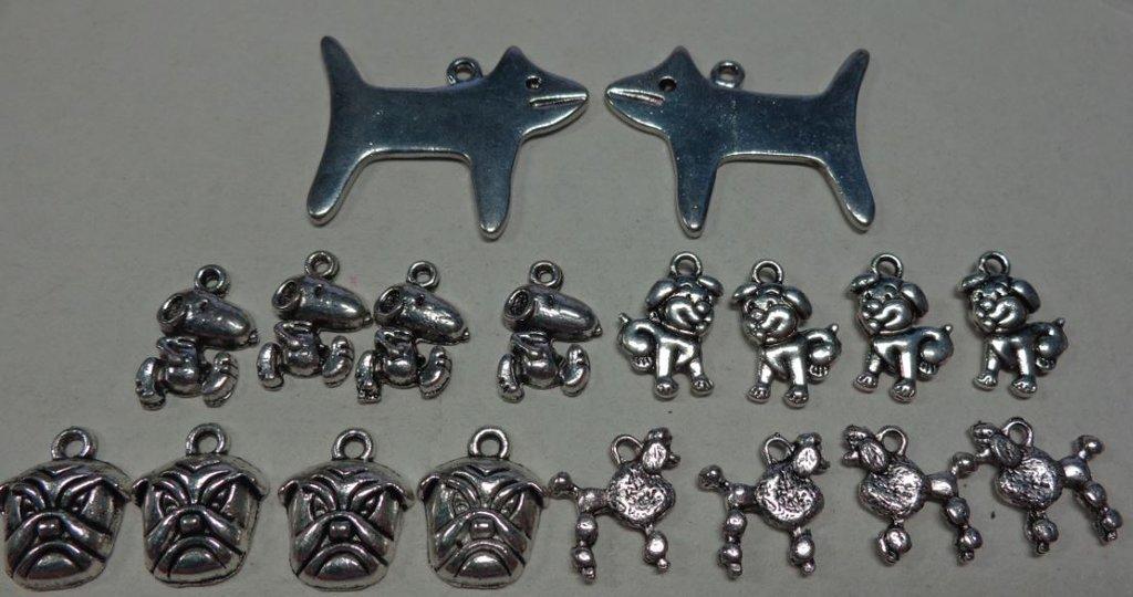 18 Ciondoli in Argento Tibetano MIX di CANI