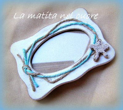 Cornice portafoto shabby  con stella marina in cartone e corde con nodo marinaro