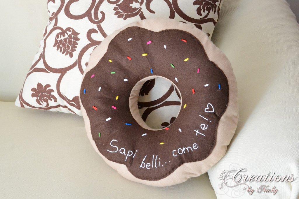 Cuscino Donuts - Ciambella con scritta personalizzata