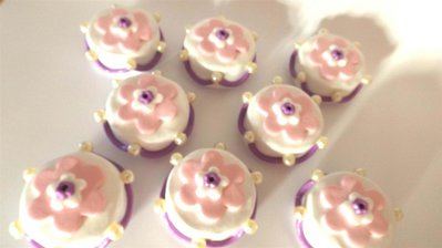 INSERZIONE RISERVATA per simona - 25 cake fimo piu 1 big size