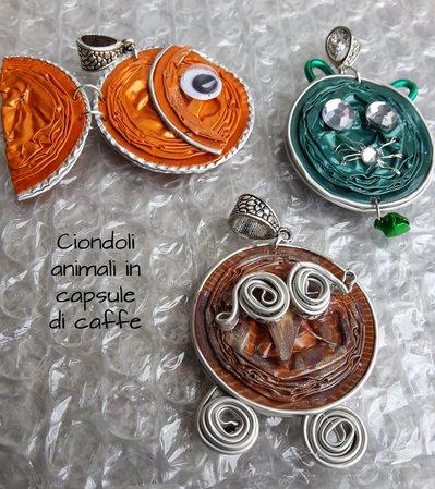 Ciondoli animali con capsule di caffe