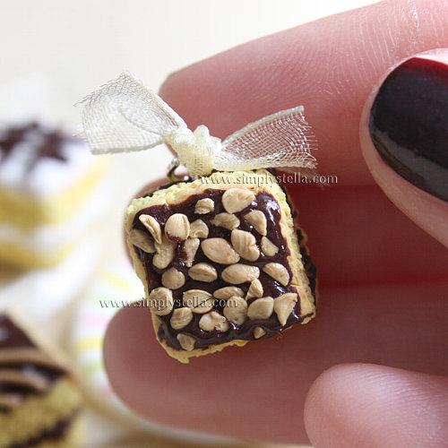 Cake Charm - Nocciole e cioccolato