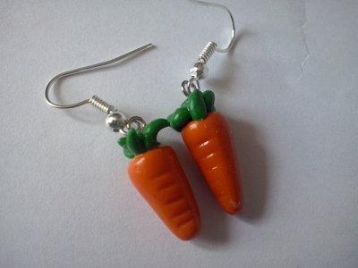 Orecchini carota in fimo